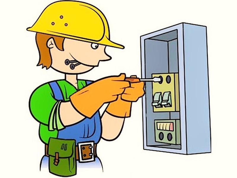 на картинке изображен электрик, который ремонтирует электропроводку в электромонтажном щитке